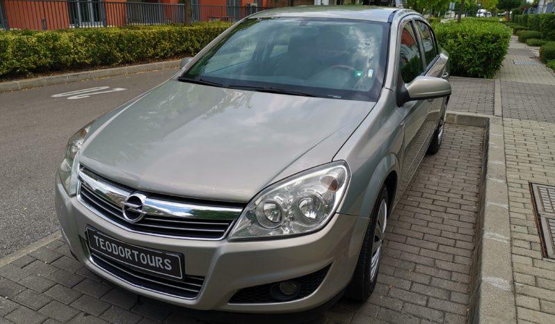 Rental car Opel Astra Sedan Automatic